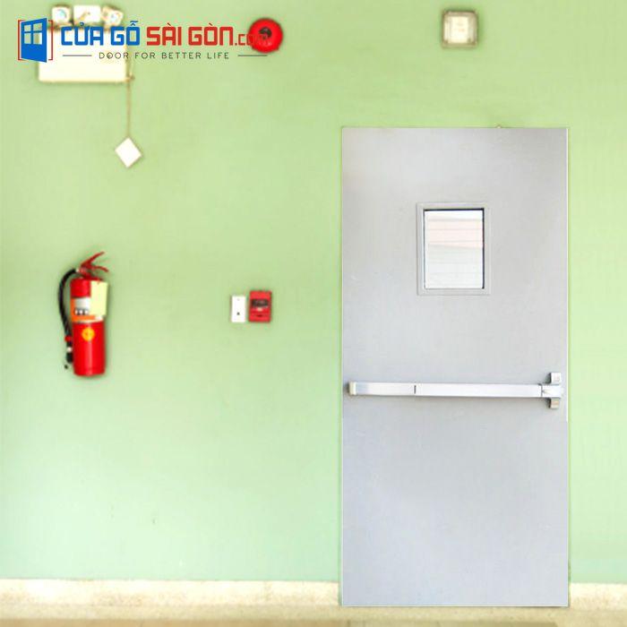 Cửa thép chống tại CỬA GỖ SÀI GÒNcó đầy đủ tiêu chuẩn về yêu cầu phòng cháy chữa cháy, các tiêu chuẩn về xây dựng, tiêu chuẩn đo lường chất lượng,…