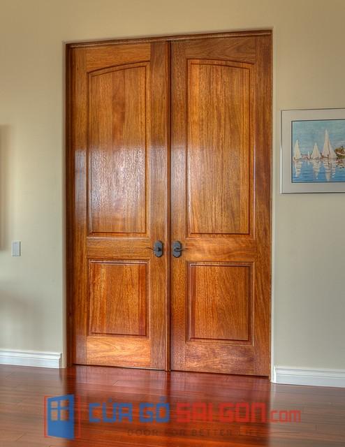 thi công cửa gỗ tự nhiên giá rẻ