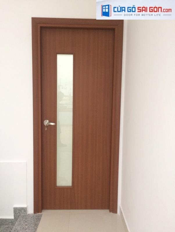 Kích thước chiều ngang của cửa nên từ 700mm-900mm tùy thuộc vào độ rộng lớn của phòng