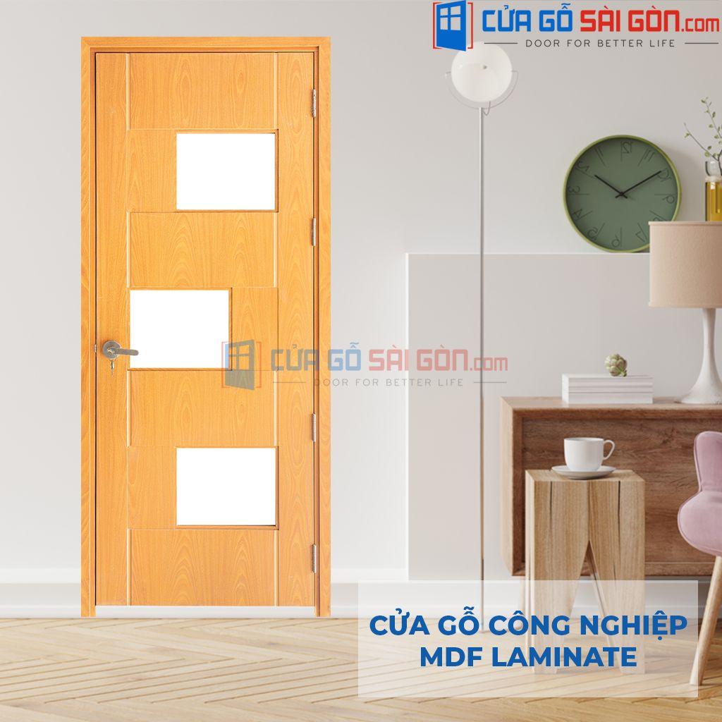 Mẫu cửa gỗ 1 cánh có gắn kính
